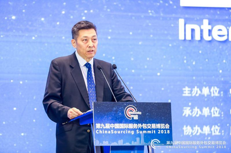 中国国际投资促进会常务副会长刘作章